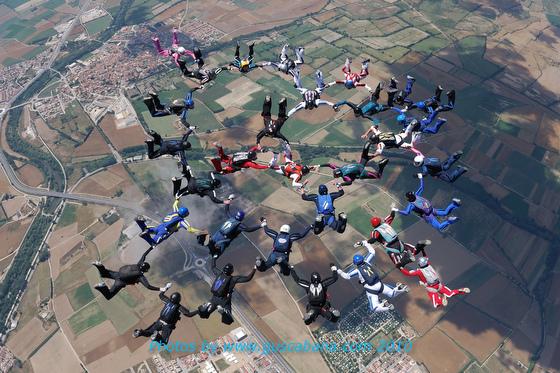 paracaidismo--10-06-17vectorFestivalGustavoCabana-(8).JPG