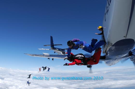 paracaidismo--180610vectorByGustavoCabana_-(5).JPG