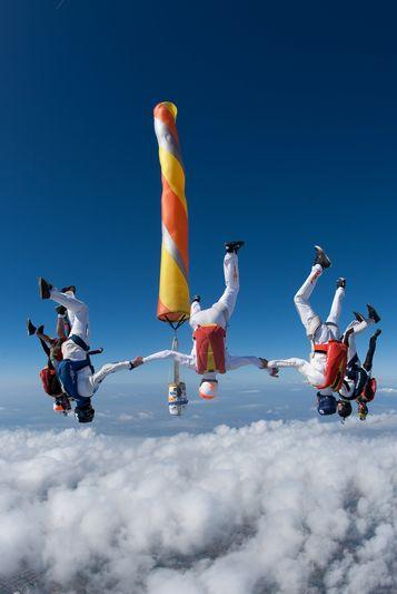 paracaidismo--VectorFest10ByBabylon-(13).jpg