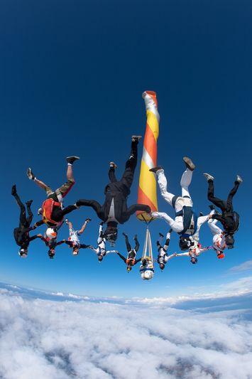 paracaidismo--VectorFest10ByBabylon-(16).jpg