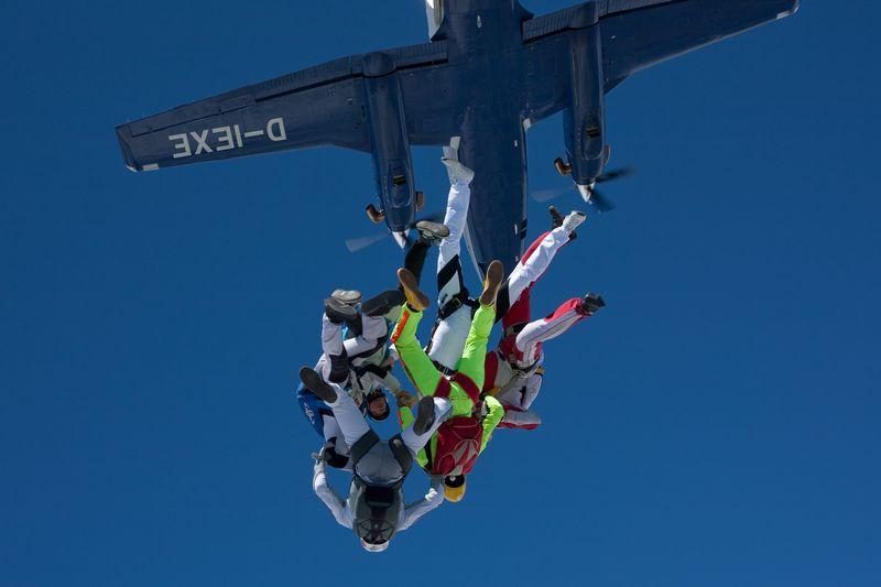 paracaidismo--VectorFest10ByBabylon-(24).jpg