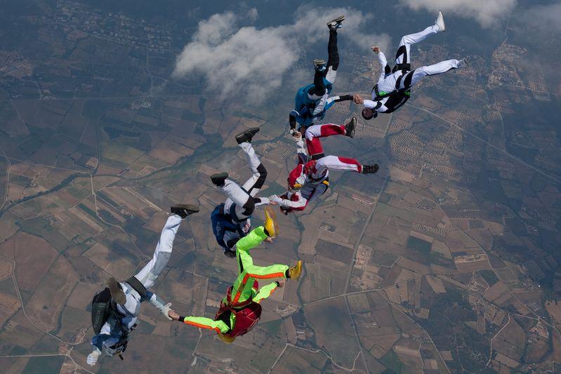 paracaidismo--VectorFest10ByBabylon-(27).jpg