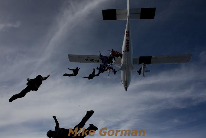 paracaidismo--16-wayTrophy2010ByMikeGorman-(1).jpg