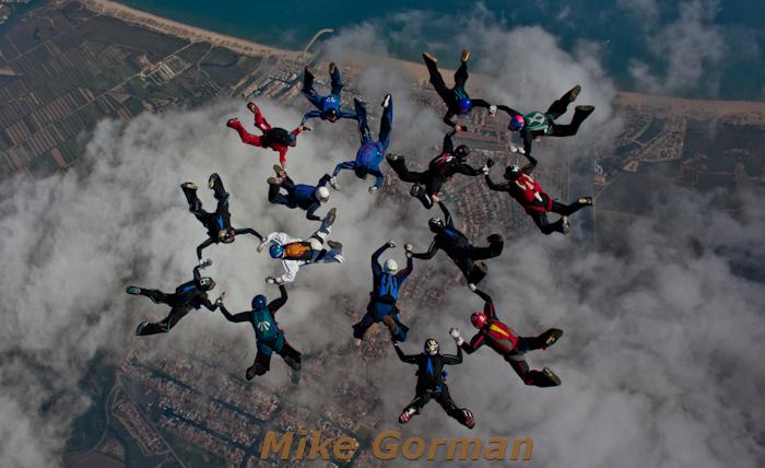 paracaidismo--16-wayTrophy2010ByMikeGorman-(3).jpg
