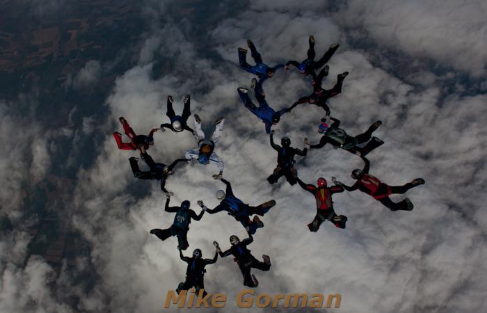 paracaidismo--16-wayTrophy2010ByMikeGorman-(5).jpg
