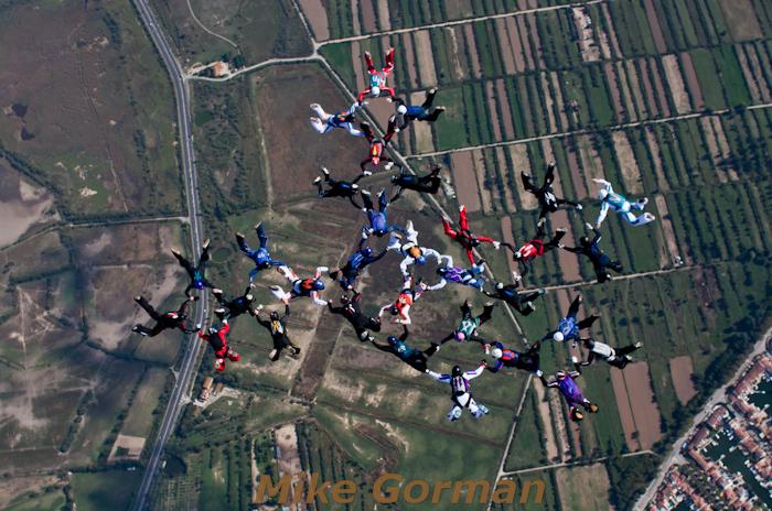 paracaidismo--16-wayTrophy2010ByMikeGorman-(9).jpg