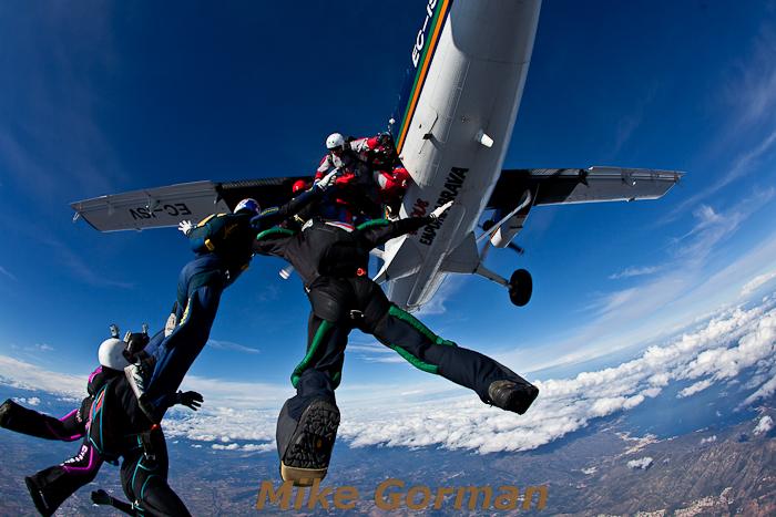 paracaidismo--hotWeekenderByMikeGroman20101121-(13).jpg