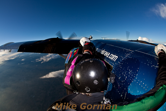 paracaidismo--hotWeekenderByMikeGroman20101121-(18).jpg