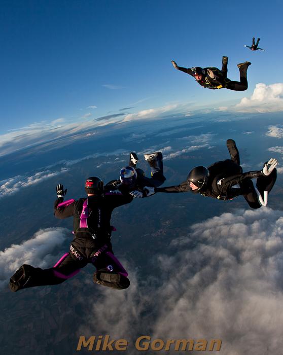 paracaidismo--hotWeekenderByMikeGroman20101121-(19).jpg