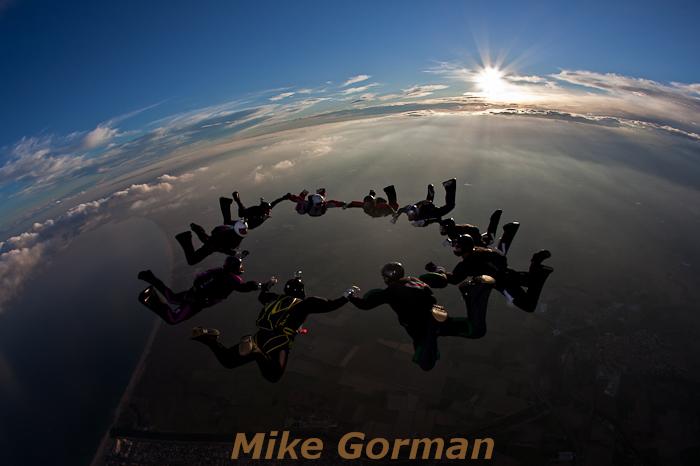 paracaidismo--hotWeekenderByMikeGroman20101121-(23).jpg