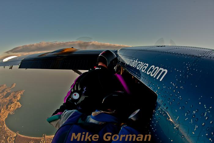 paracaidismo--hotWeekenderByMikeGroman20101121-(24).jpg