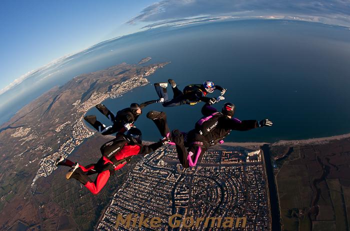 paracaidismo--hotWeekenderByMikeGroman20101121-(4).jpg