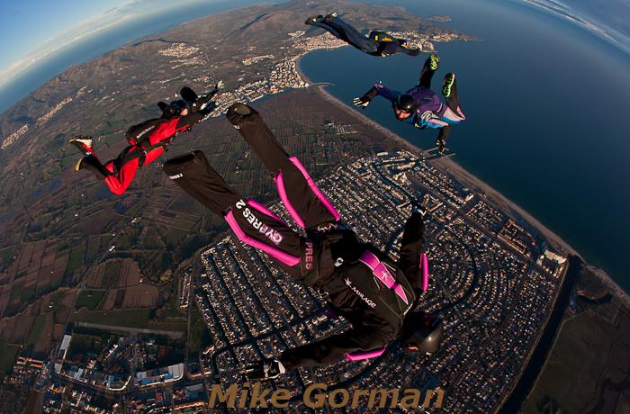 paracaidismo--hotWeekenderByMikeGroman20101121-(5).jpg