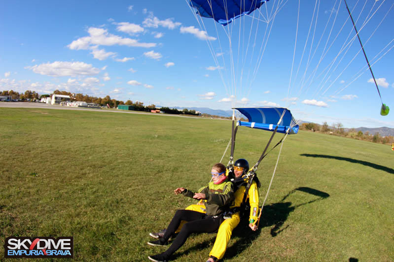 paracaidismo--tandemnovembre16n2014111908.jpg