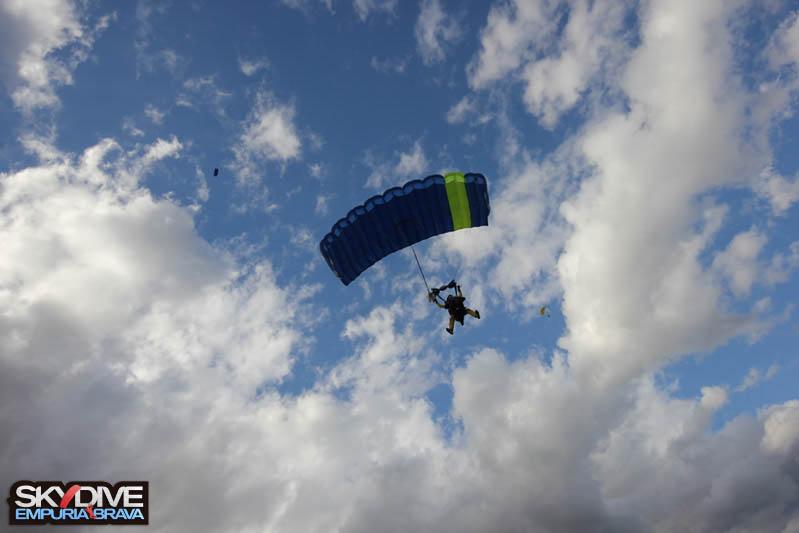 paracaidismo--tandemnovembre16n2014111935.jpg
