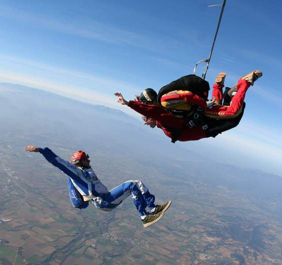 paracaidismo--1-salto-paracaidas-tandem-byGermanGarcia_0711-(1)-e1409643569608.jpg