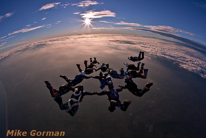 paracaidismo--Xmasboogie2010ByMikeGorman3012-(12).jpg