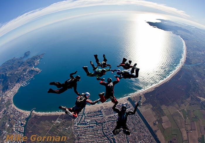 paracaidismo--christmasBoogie2010ByMikeGorman29-(17).jpg