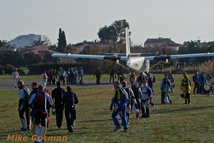 paracaidismo--christmasBoogie2010ByMikeGorman29-(2).jpg