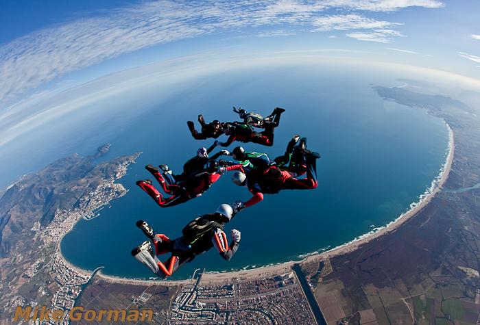 paracaidismo--christmasBoogie2010ByMikeGorman29-(22).jpg