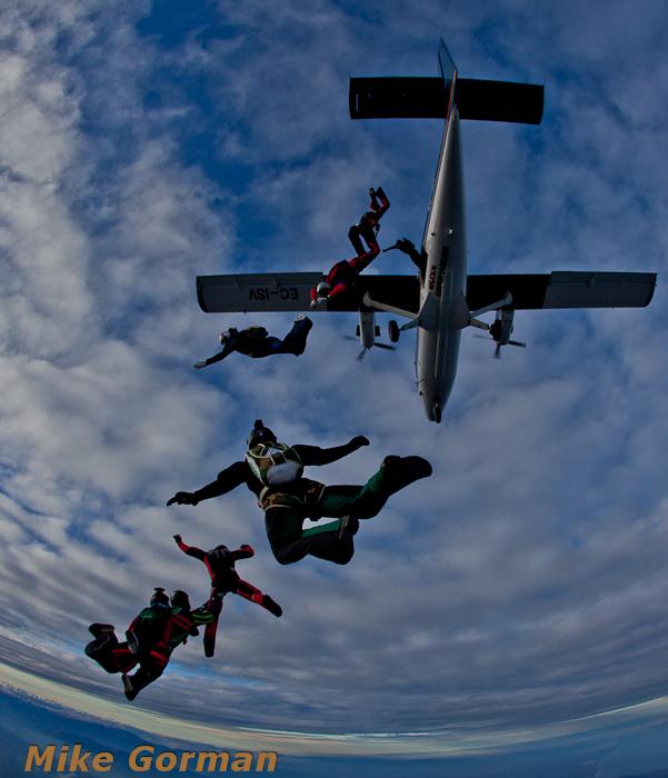 paracaidismo--christmasBoogie2010ByMikeGorman29-(24).jpg
