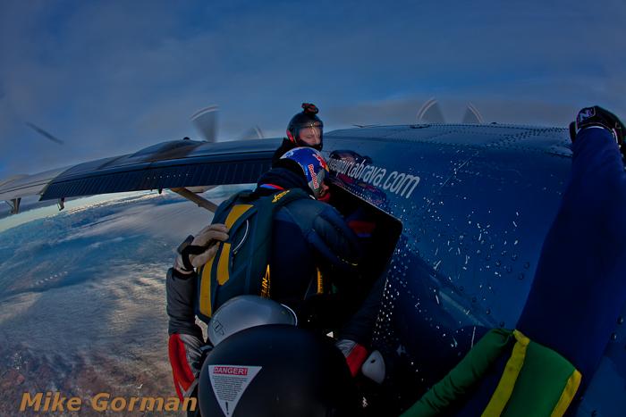 paracaidismo--christmasBoogie2010ByMikeGorman29-(29).jpg