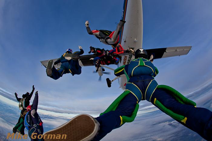 paracaidismo--christmasBoogie2010ByMikeGorman29-(30).jpg