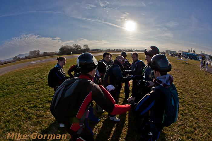 paracaidismo--christmasBoogie2010ByMikeGorman29-(34).jpg
