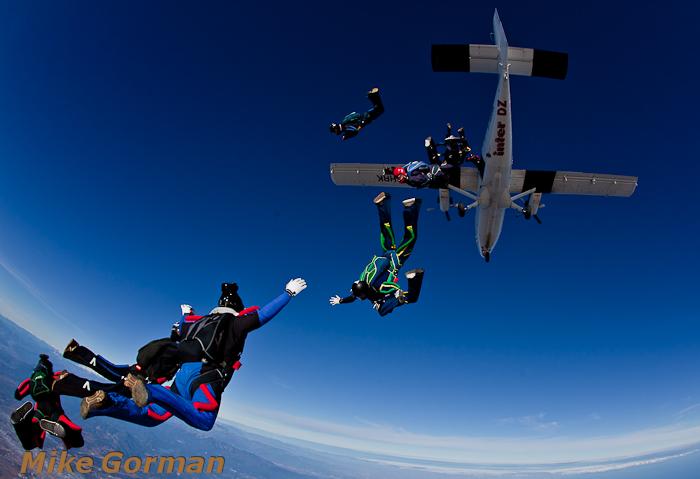 paracaidismo--christmasBoogie2010ByMikeGorman29-(36).jpg