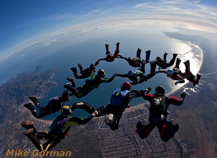 paracaidismo--christmasBoogie2010ByMikeGorman29-(39).jpg