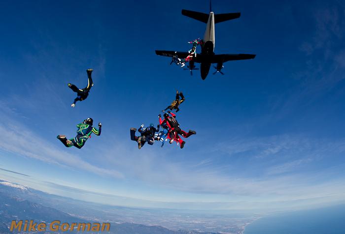 paracaidismo--christmasBoogie2010ByMikeGorman29-(9).jpg