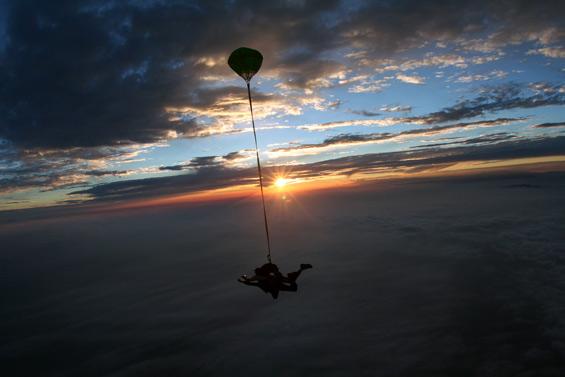paracaidismo--matt_summer_06_2.jpg