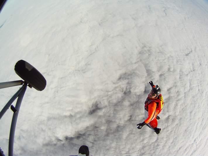 paracaidismo--wingsuit012010ByAlain-(2).JPG