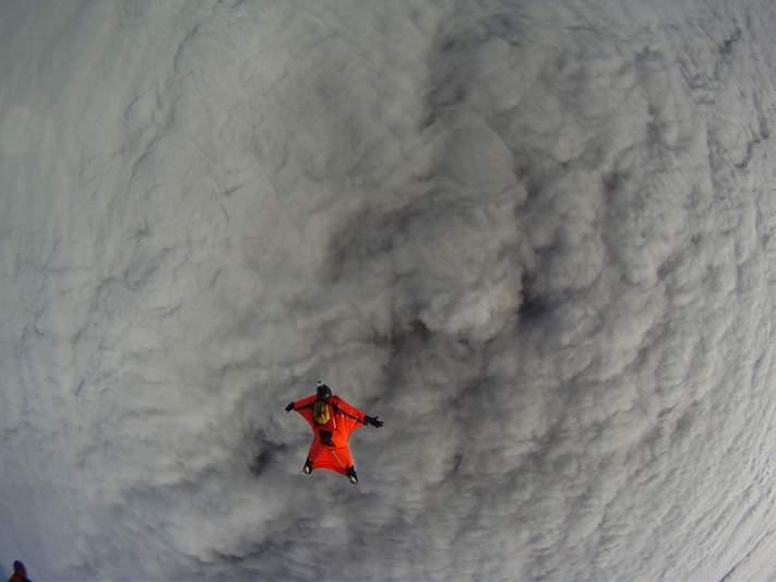 paracaidismo--wingsuit012010ByAlain-(6).JPG