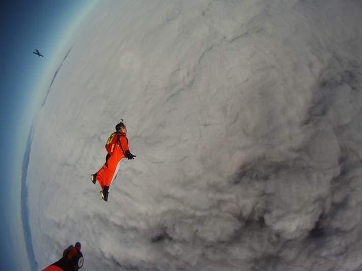 paracaidismo--wingsuit012010ByAlain-(7).JPG