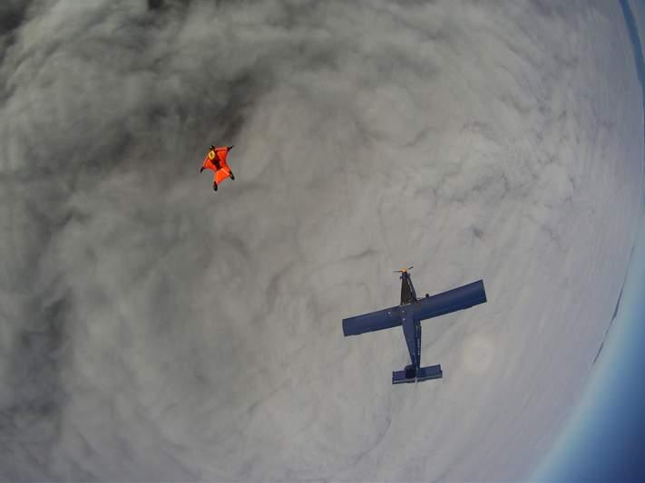 paracaidismo--wingsuit012010ByAlain-(9).JPG