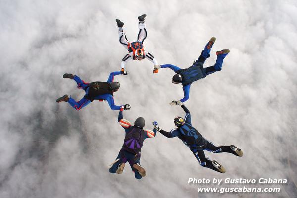 paracaidismo--xmasboogie10-30-guscabana.com-(11).JPG