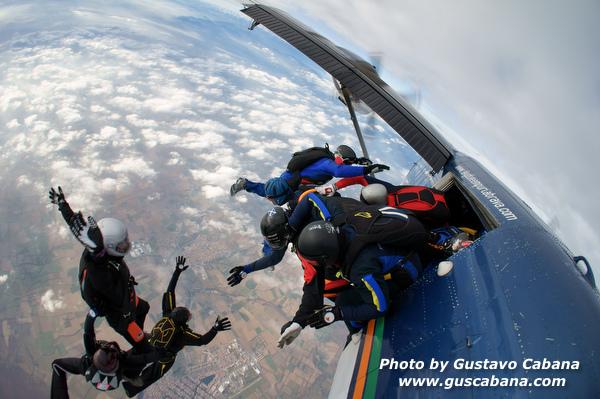 paracaidismo--xmasboogie10-30-guscabana.com-(12).JPG
