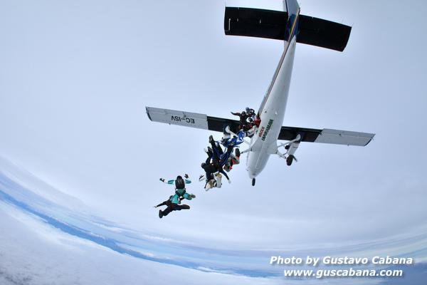 paracaidismo--xmasboogie10-30-guscabana.com-(19).JPG