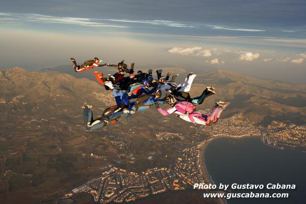 paracaidismo--xmasboogie10-30-guscabana.com-(2).JPG