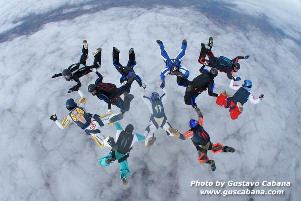 paracaidismo--xmasboogie10-30-guscabana.com-(20).JPG