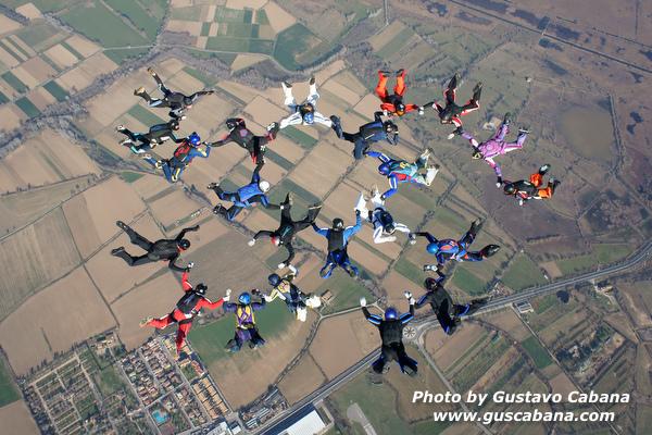 paracaidismo--xmasboogie10-30-guscabana.com-(7).JPG