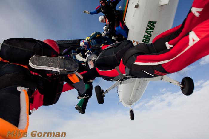 paracaidismo--xmasboogie2010ByMikeGorman0201-(12).jpg