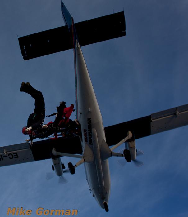 paracaidismo--xmasboogie2010ByMikeGorman0201-(28).jpg