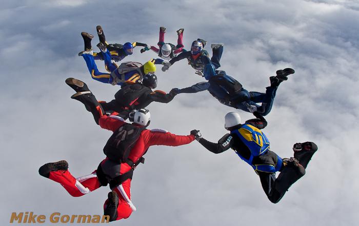 paracaidismo--xmasboogie2010ByMikeGorman0201-(3).jpg