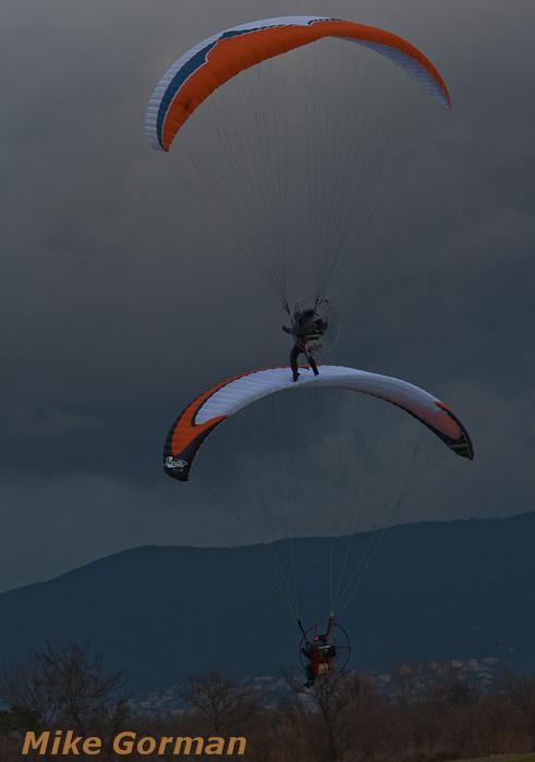 paracaidismo--xmasboogie2010ByMikeGorman0201-(39).jpg