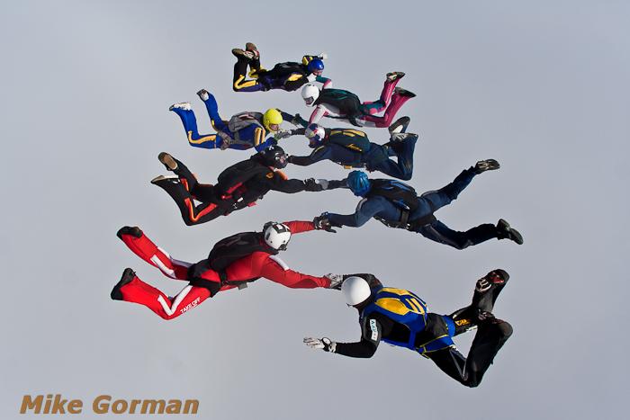 paracaidismo--xmasboogie2010ByMikeGorman0201-(4).jpg