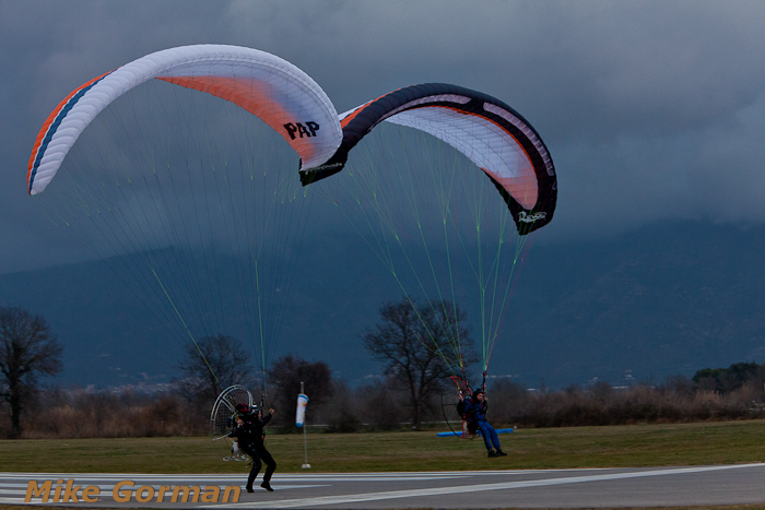 paracaidismo--xmasboogie2010ByMikeGorman0201-(41).jpg