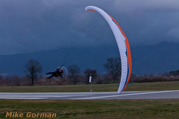 paracaidismo--xmasboogie2010ByMikeGorman0201-(42).jpg