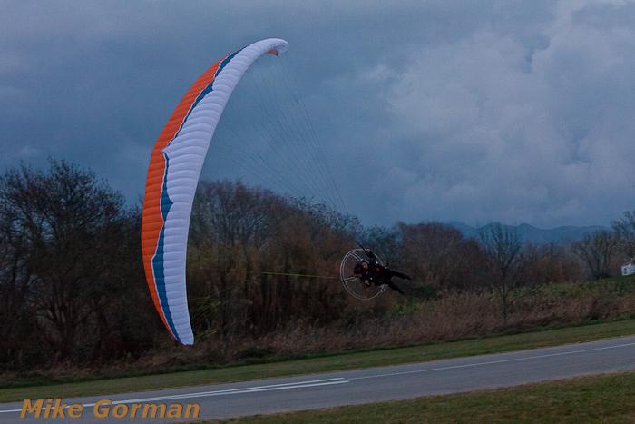 paracaidismo--xmasboogie2010ByMikeGorman0201-(44).jpg